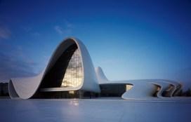 Zaha-Hadid-Architects-Heydar-Aliyev-Center-10-Photo-by-Hufton-Crow