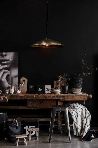table-de-metier-noire